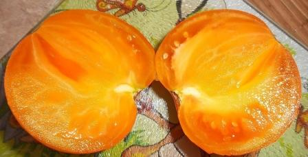 плоды томатов хурма